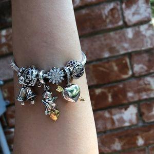 Jewelry - Pandora angle set